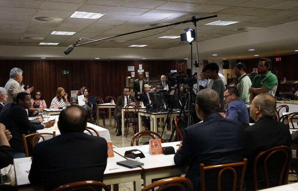 caf-parlamentar-p-blica-08-12-1000x640